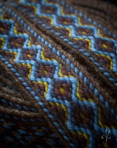 Tablet woven belt, texture details. | nigdziekolwiek.com